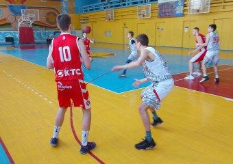 Відбулись змагання з баскетболу серед чоловіків (Перша ліга)