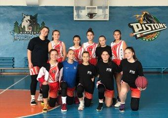 Наші баскетболістки перемогли у Нововолинську